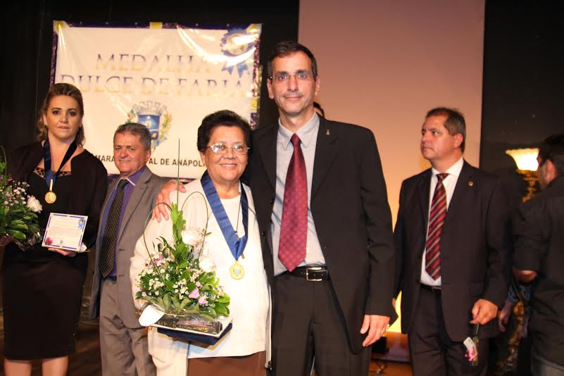 Administradora da FASA recebe homenagem de vereadores