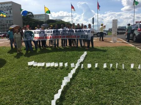 HUAna participou da marcha em Defesa do Sistema Único de Saúde, em Brasília