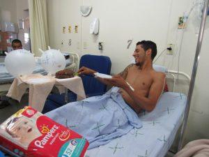 Paciente ganha chá de revelação no HUANA
